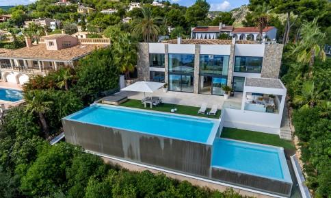 Villa   Dronefoto