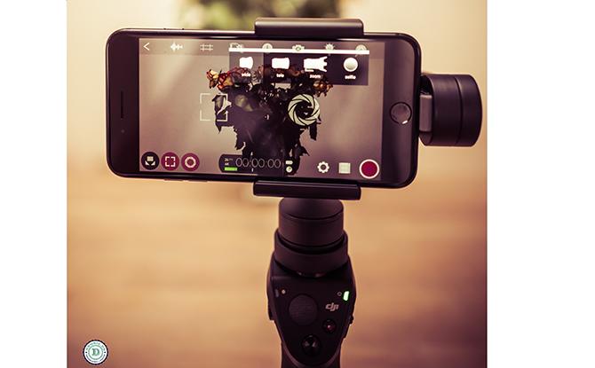 Vælg mellem vidvinkel og telelinse - DJI OSMO Mobile